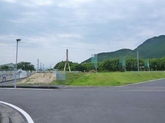 【前面道路含む現地写真】野洲市近江富士2丁目 売土地