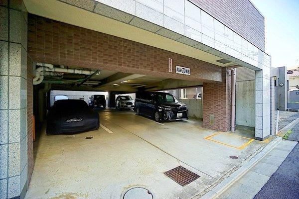 平置き駐車場! 月額17,000円~20,000円