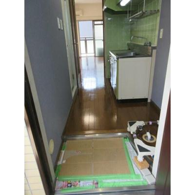 【玄関】ビラカスガ