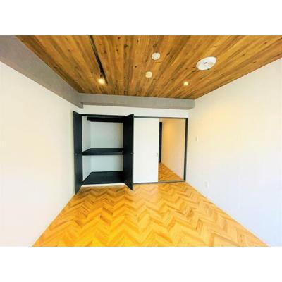 千葉中央ハイツの洋室