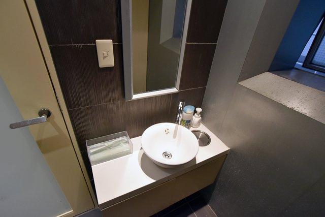 2階共用部女子トイレ