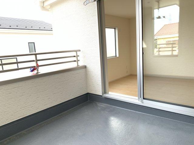 【同仕様施工例】4.5帖 リビング隣接の和室なので広々使えます。