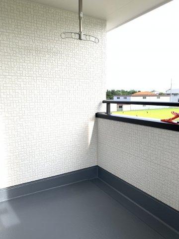 【同仕様施工例】6帖 リビング隣接の和室なので広々使えます。