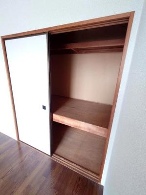 同間取り別のお部屋 約6帖洋室の収納