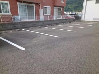 【駐車場】ポワンドゥ花梨Ⅱ