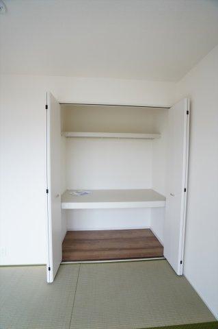 【同仕様施工例】和室押入 開口部が広いのでムダなく利用できます。