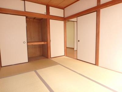 【寝室】カトレアハウス