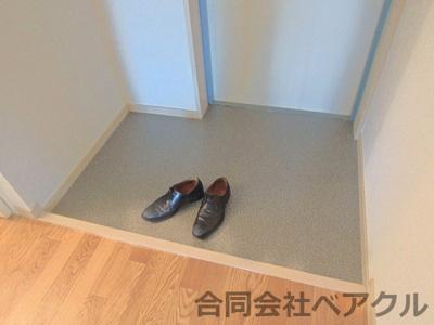 【玄関】リューライフ辻