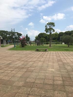 園部公園 0.2km