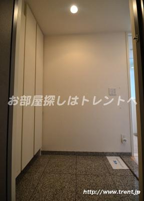 【玄関】フォルム四谷外苑東