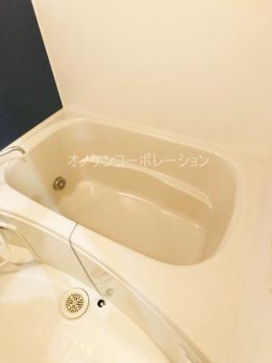 【浴室】ヴィラ・サンマリノI