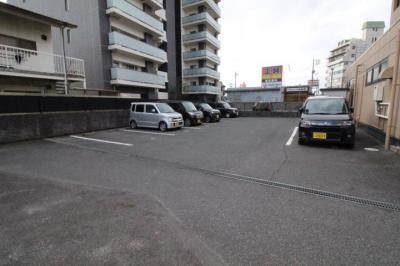 【駐車場】メゾンひまわり