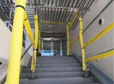 【エントランス】二俣川駅徒歩5分 1階路面店舗事務所