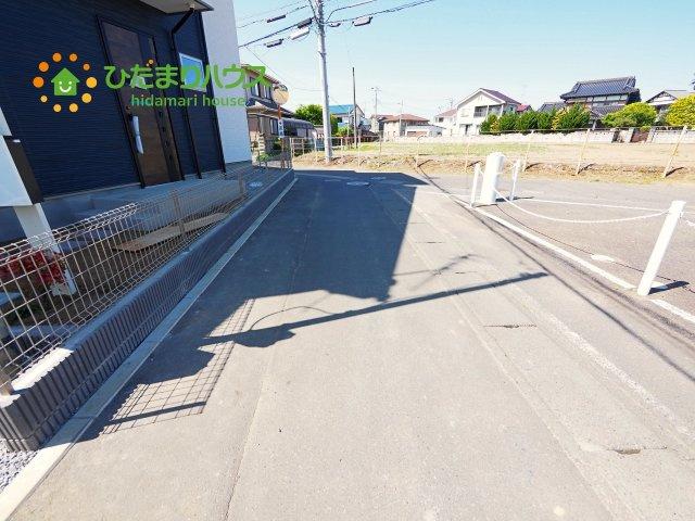 【前面道路含む現地写真】龍ケ崎市南中島町3期 新築戸建