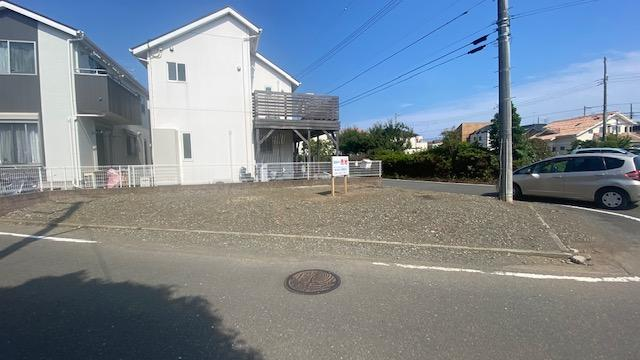 【前面道路含む現地写真】茅ヶ崎市西久保 売地B