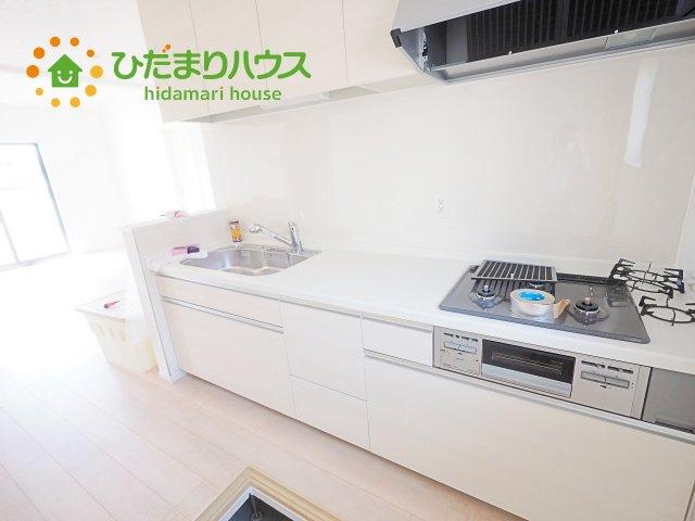 ワイドなキッチンスペースなので、2品、3品同時に作れちゃいますね( *´艸`)
