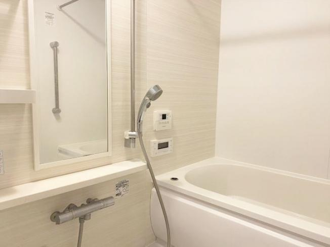 【浴室】アルファステイツ明石太寺