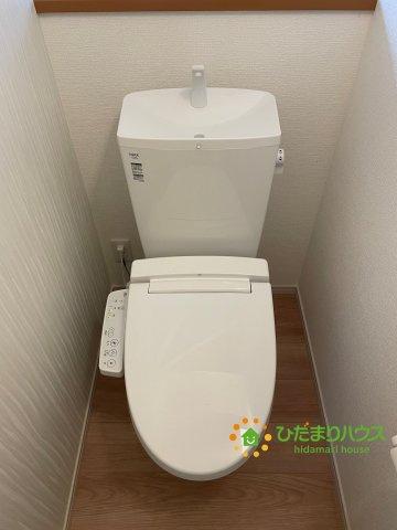 温水洗浄便座付きトイレを完備♪