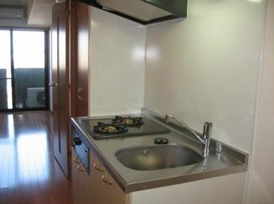 シンプルなキッチン(同一仕様写真)