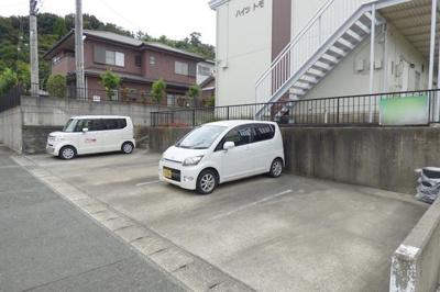 【駐車場】ハイツトモ