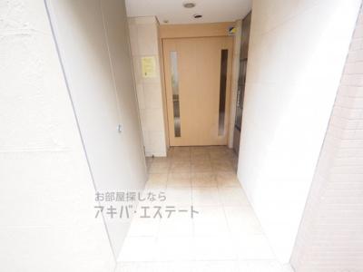 【エントランス】ベレッツァ・トーレ