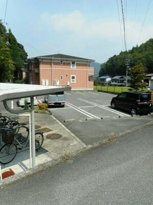 【駐車場】ルナ・サプリームA