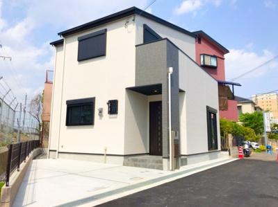 JR茨木駅徒歩7分に立地する新築戸建です♪