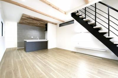 (株)ゆいホームでは、ご購入・ご売却・住宅ローンなどのあらゆるご相談にお応えします。 《ファイナンシャルプランニング技能士 在籍》 もちろん相談は無料です!まずはお気軽にお電話下さい。