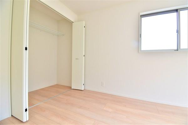 各室大容量の収納があります。 これだけ収納があると助かりますね!