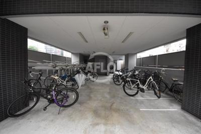 ロイヤルレジデンス北梅田 駐輪場
