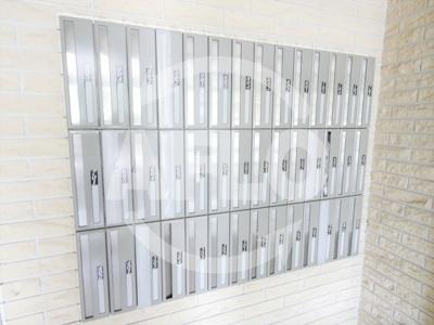 インベスト北梅田 メールボックス