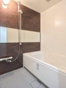 【浴室】ロイヤルガーデン博多アネックス