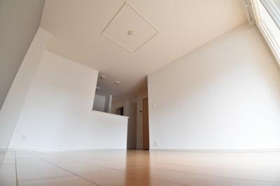 ファミリーマートまで2000m