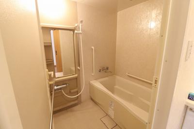 【浴室】ライオンズステーションプラザおもろまち