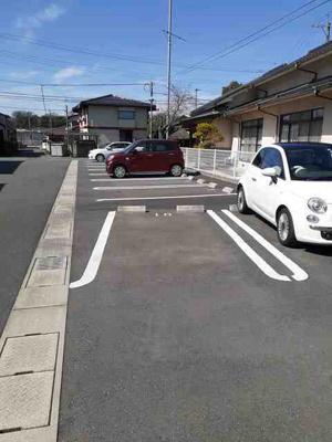 【駐車場】プリンセッサF