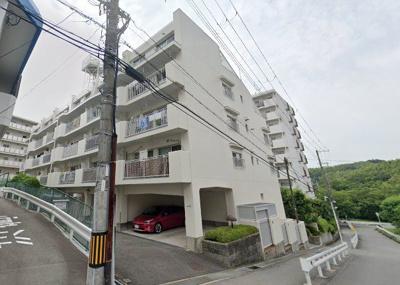 【現地写真】総戸数22戸のマンションです♪