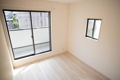 【洋室】吹田市山田西3丁目 新築一戸建て