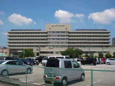 富山市立富山市民病院まで1,885m