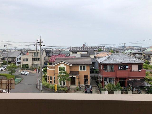 住宅街を一望できます。