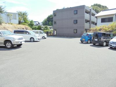 【駐車場】ヤマトハイツ