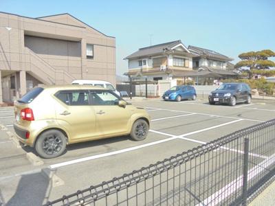 【駐車場】セピアローズ