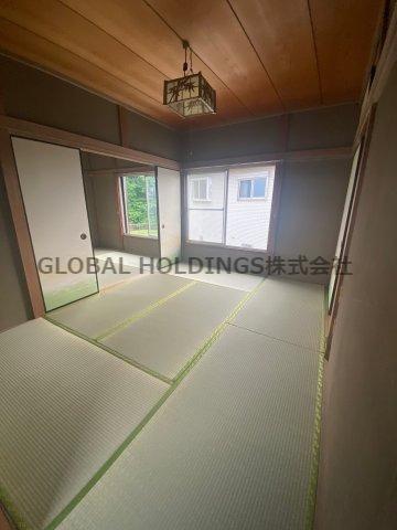 落ち着いた雰囲気の2階の続き和室