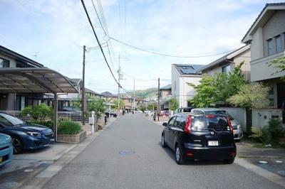 前面道路広く駐車もラクラク
