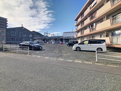 【駐車場】サンハイツ森本3号棟