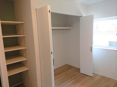 室内には収納を多く備えているので、お荷物多めのファミリーも安心ですね。