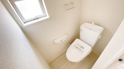 1Fと2Fにトイレがあります