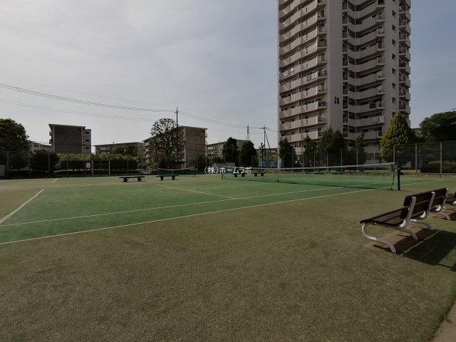 テニスコートあり!