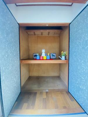 和室6帖のお部屋にある押入れです!収納力のある押入れはかさ張りやすいものの収納にぴったり☆