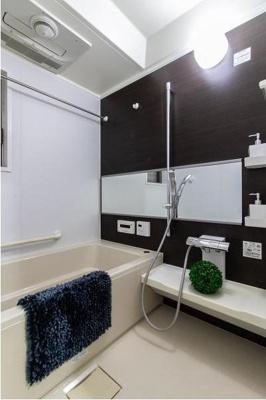 浴室乾燥機機能付きです。