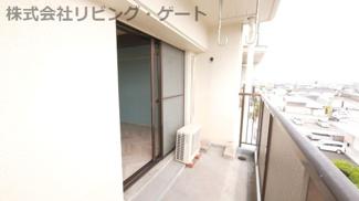4階で他の建物が邪魔をせず洗濯物もふっくら乾きますね。